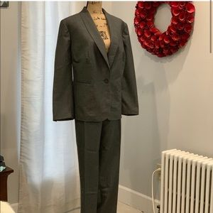 Jones NY pin striped pantsuit size 18W and 20W